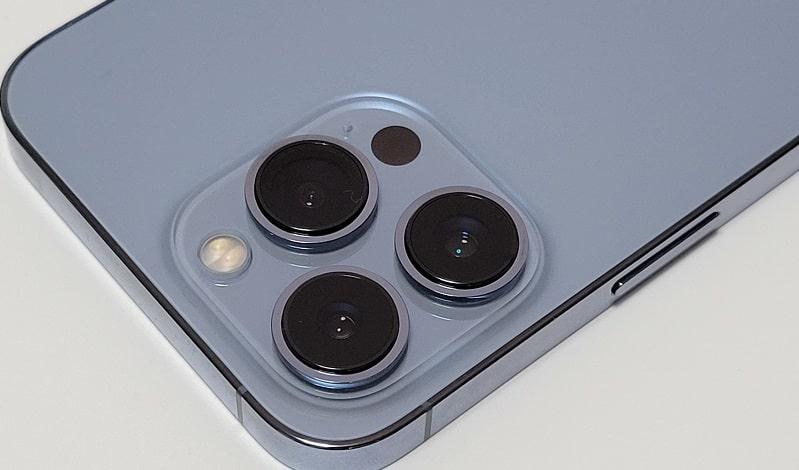 iPhone 13 Proのアウトカメラ