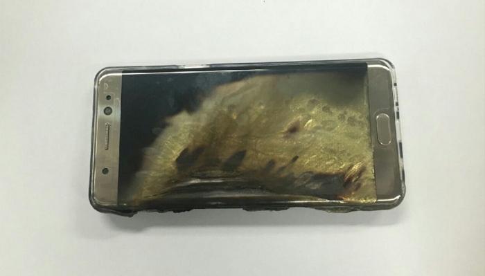 Galaxy Note 7で爆発事故が発生!サムスンは確認中?!