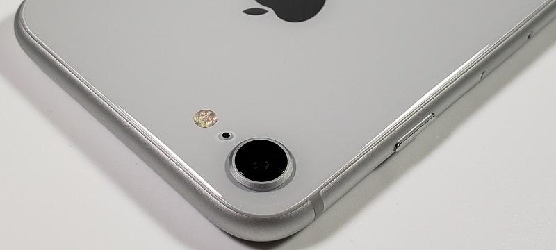 「iPhone 8」のレビュー!スペックやカメラ性能の評価まとめ/進化したポイントをチェック!