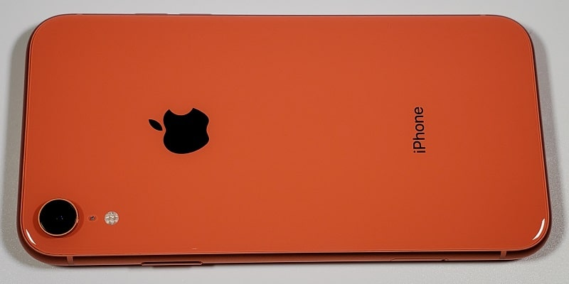 iPhone XR 評価レビュー!スペックやカメラ性能・価格情報まとめ