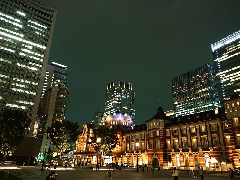 Xperia XZ2 Premium SO-04Kで撮影した夜の東京駅