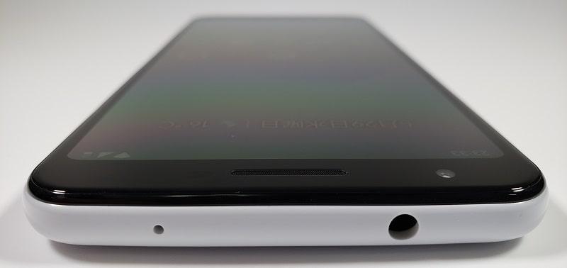 Google Pixel 3aの上部分