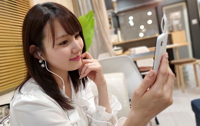 Google Pixel 3aで音楽を聴いている様子