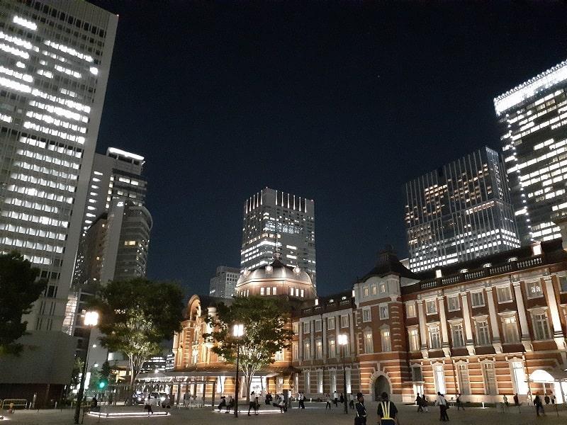 Galaxy A30で撮影した夜の東京駅