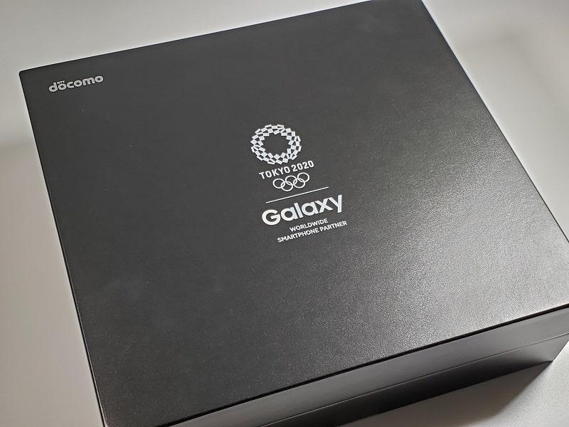 Galaxy S10+ Olympic Games Edition のパッケージ