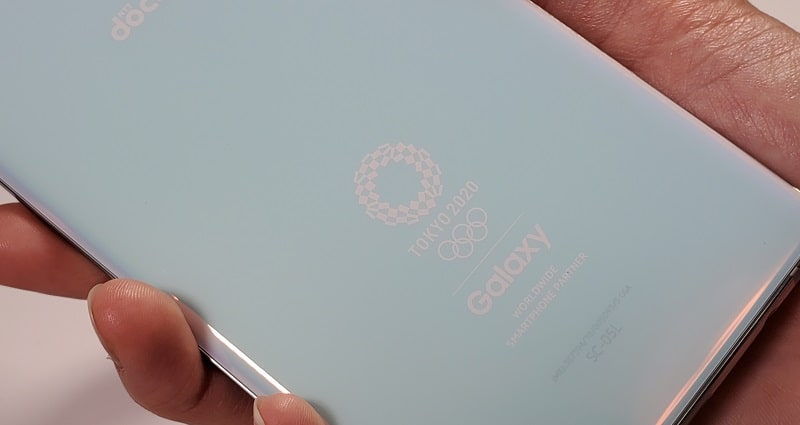 Galaxy S10+ Olympic Games Edition の背面デザイン