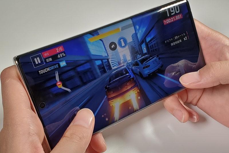Galaxy Note10でゲームしている様子
