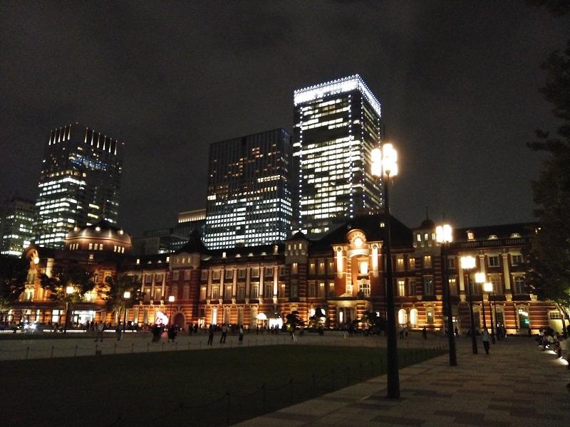 TORQUE G04で撮影した夜の東京駅