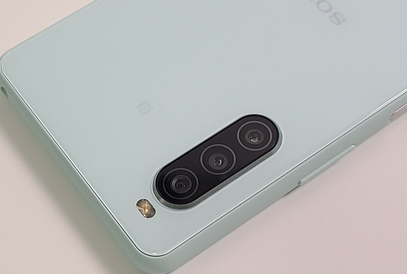 Xperia 10 II のアウトカメラ
